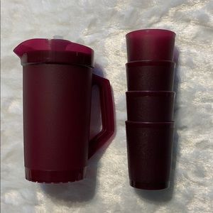 Children's Mini Tupperware pitcher set
